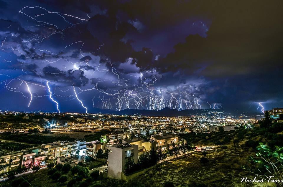 Villám-Heraklion, Görögország