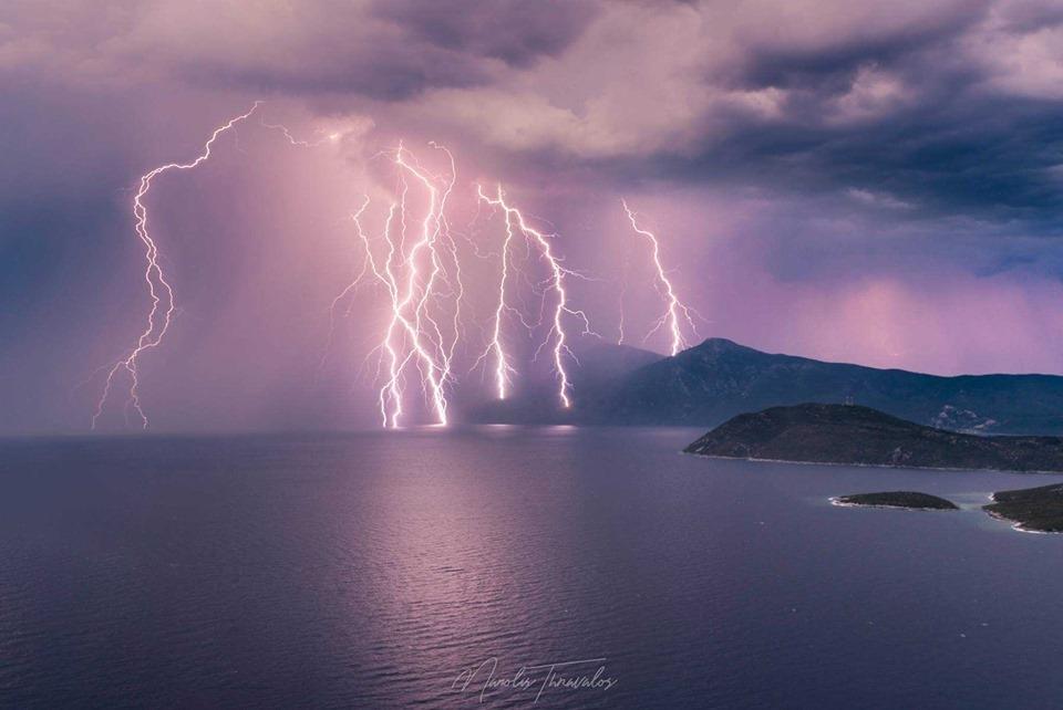 Villám-Samos-sziget, Görögország